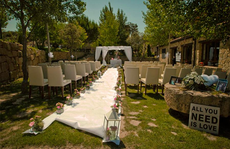 Celebrar-tu-boda-en-masia-el-molinete